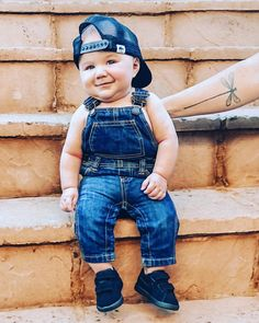 "Dallas on Instagram: ""Feeling cute, might delete later, IDK. #babiesofinstagram #kidsofinstagram #babyfashion #babyboy #georgehats #oldnavy #babynike"" George Hats, Rock A Bye Baby, Baby Nike, Little People, Dallas, Old Navy, Overalls, Baby Boy, Hipster"