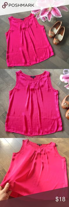 Pink Pleated Blouse Tank! 💕 This gorgeous pink blouse tank features front pleating near the neckline for a streamlined, professional, and clean look. The soft, silky material is lightweight and perfect under a blazer or even with a pair of jeans! 💕 Size medium. Notations Tops Tank Tops