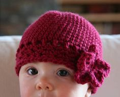 baby flapper beanie *with basic pattern* - CROCHET ✭Teresa Restegui http://www.pinterest.com/teretegui/ ✭