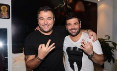 pantelis pantelidis with another greek famous singer! Selfies, Greek Music, Remo, Famous Singers, My Life, Celebrities, Mens Tops, Fictional Characters, Greeks