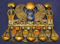 Joya de oro del antiguo Egipto