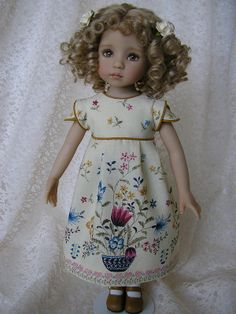 Stunning dress by Tomi Jane on a doll by Dianna Effner, 13'' Little Darlings.
