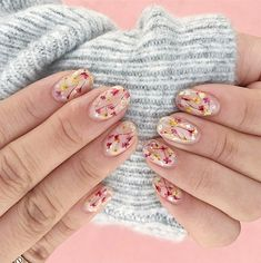 pressed flower mani