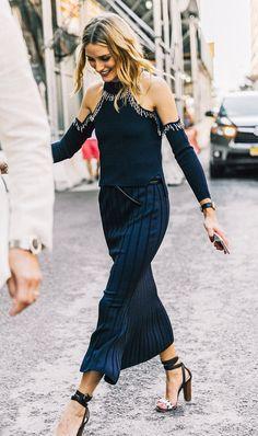 Cutout shoulder + heels