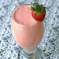 """Pink Flamingo Yogurt Smoothie 