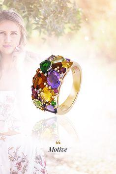"""Aj vy ste """"letoholik""""? V tom prípade určite viete, že leto bez dobrej nálady nie je nič. Len ďalšia sezóna. Preto odporúčame vylepšiť si náladičku našimi top šperkmi, ktoré v sebe skrývajú atmosféru leta počas celého roka. Prírodné diamanty, éterické i živelné drahokamy, to všetko objavíte v nasledujúcej šperkovej show, špeciálne zostavenej iba pre vaše letné túžby a potreby! Crown, Gemstones, Diamond, Summer, Color, Jewelry, Corona, Summer Time, Jewlery"""