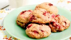 Explosion de canneberges De: Geneviève O'Gleman Cranberry Cookies, Cranberry Dessert, Biscuit Cookies, Cookie Desserts, Christmas Cookies, Muffins, Clean Eating, Snacks, Cooking
