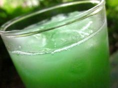 I found this on the Drink Nation website (www.drinknation.com) while I was looking for drink specials for the bar that I worked out. Its yummy and it packs one heck of a punch, PERFECT FOR ST. PADDYS DAY!