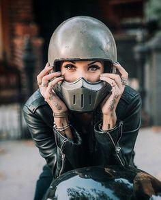Rocker/Biker babes Visit daily for custom motorcycle apparel Bobber & chopper b. Lady Biker, Biker Girl, Blitz Motorcycles, Custom Motorcycles, Simpson Helmets, Allroad Audi, Chicks On Bikes, Motos Harley Davidson, Cafe Racer Girl