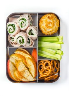 10 Sandwich-Free Lunch Ideas for Kids and Grownups Alike! Lunch idea's for my son! Lunch Meal Prep, Healthy Meal Prep, Healthy Snacks, Healthy Eating, Healthy Recipes, Detox Recipes, Lunch Meals, Lunch Box Recipes, Lunch Snacks