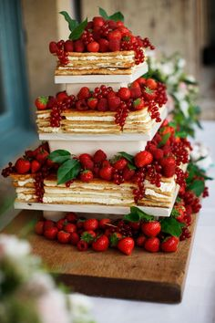 Mille Feuille Wedding Cake by Bath Cake Company, set up at Babington House. Brett Harkness Photography