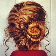 French fishtail rolled - Beauty and fashion