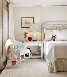 Benjamin Moore Ivory White in a room