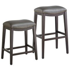 Classic styling with a modern approach to seating, the Halsted Backless Bar Stool combines a performance fabric with a comfortable style and designer look. With its swoop-style seat and nailhead trim, this new curvaceous bar stool is an elegant addition to our backless bar stool line-up.