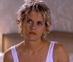 Sally Hershberger gets credit for this Meg Ryan Short Cool Blunt Easy Hairstyle in French Kiss Shaggy Short Hair, Choppy Hair, Short Curly Hair, Short Hair Cuts, Curly Hair Styles, Meg Ryan Haircuts, Meg Ryan Hairstyles, Short Shag Hairstyles, Cool Hairstyles