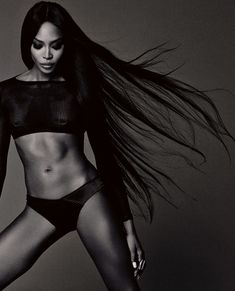Naomi Campbell photo 3961 of 9461 pics . Naomi Campbell, Photography Poses, Fashion Photography, Modeling Photography, Photos Fitness, African American Models, Gisele Bündchen, Klum, Fitness Photoshoot