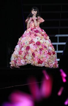 ▼26Nov2014BARKS|【コメント全文】道重さゆみ、「さゆみのファンの人たちが、ほかの誰でもない、みんなでよかった。」 http://www.barks.jp/news/?id=1000110114 #Sayumi_Michishige #Morning_Musume_14 ◆Sayumi Michishige - Wikipedia http://en.wikipedia.org/wiki/Sayumi_Michishige ◆Morning Musume - Wikipedia http://en.wikipedia.org/wiki/Morning_Musume