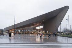 neuer Hauptbahnhof Centraalstation in Rotterdam / new central station Centraalstation in Rotterdam