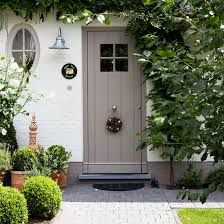 Appeal: Cottage Style Front Doors Green inspiration for the front garden. Like the colour of the door too.Green inspiration for the front garden. Like the colour of the door too. Front Door Porch, Front Door Entrance, House Front Door, Front Door Colors, Front Entrances, Front Porches, Front Entry, Farrow And Ball Front Door Colours, Country Front Door