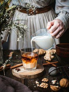 Coffee Photography, Food Photography Styling, Food Styling, Product Photography, Photo Instagram, Instagram Posts, Cuppa Joe, Tea Cafe, Flower Tea