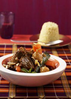 Rezept für Lamm-Couscous bei Essen und Trinken. Ein Rezept für 4 Personen. Und weitere Rezepte in den Kategorien Gemüse, Getreide, Gewürze, Lamm, Obst, Hauptspeise, Braten (Fleisch), Braten, Kochen, Orientalisch.