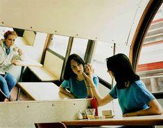 Hannah Starkey - Untitled - May 1997 - Contemporary Art Narrative Photography, Cinematic Photography, Photography Photos, Fine Art Photography, Saatchi Gallery, Contemporary Photographers, Artist Profile, Photo Reference, Photo Art