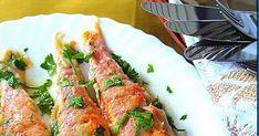 Ψαράκι μου μυρίζει και ποιος…το ψήνει στο φούρνο; Υλικά 1 κιλό μπαρμπούνια αλάτι,αλεύρι,λάδι το χυμό 2 λεμονιών μαϊντανό ψιλοκομμένο Εκτέλεσ... Greek Recipes, Fish Recipes, Fish Food, Zucchini, Seafood, Chicken, Meat, Vegetables, Crafts