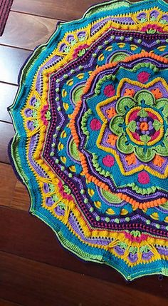 a knit and crochet community – Knitting patterns, knitting designs, knitting for beginners. Crochet Mandala Pattern, Crochet Square Patterns, Crochet Blanket Patterns, Crochet Designs, Crochet Stitches, Knitting Patterns, Crochet Home, Love Crochet, Crochet Crafts