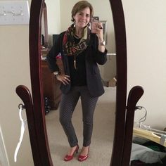 #OOTD Determined to leverage air conditioning so I could wear my favorite new #SilpadaAccessories Dalia scarf. Sleeveless #cabiclothing top and #Stitchfix Margaret M Emer pants with CAbi jacket and two-tone and red #SilpadaStyle jewelry. And the shoes? #JustCallMeDorothy