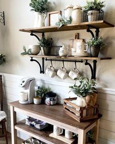 Phenomenal Do It Yourself Coffee station Concepts for Your Cozy Home - A Do It Yourself coffee bar in your home can assist you amuse family, buddies, liked ones. diy kitchen decor Best Home Coffee Bar Ideas for All Coffee Lovers Coffee Bars In Kitchen, Coffee Bar Home, Home Coffee Stations, Coffee Station Kitchen, Kitchen Bars, Coffee Kitchen Decor, Coffee Bar Station, Kitchen Small, Farm House Coffee Table Diy