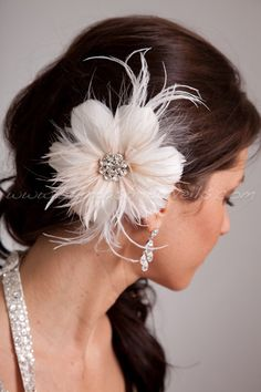 Bridal Feather Hair Piece Soft White or by brendasbridalveils, $49.95
