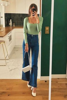 Summer fashion The Top 8 Color Trends of 2020 That Pair Perfectly With Your Jeans Mode Outfits, Retro Outfits, Cute Casual Outfits, Outfits With Jeans, Fashionable Outfits, Cute Vintage Outfits, Classy Chic Outfits, Outfits For Girls, Jean Dress Outfits