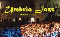 L'Umbria Jazz dal 10 al 19 luglio 2015 Duecentocinquanta eventi in dieci giorni (10-19 luglio), con un'anteprima il 9, distribuiti in sei stage: musica nel centro storico da mezzogiorno a tarda notte, a pagamento e gratuita, al chiuso e a #umbria #jazz #prosounde #festival
