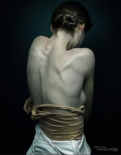 """Back"" - CN.luyang wang, Shanghai {figurative realism semi-nude female brunette woman posterior back photoshop digital painting}"
