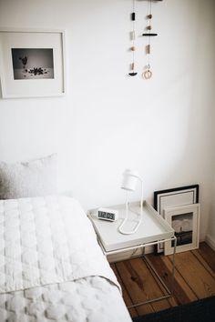 Hervorragend Hier Steht Beistelltisch U201eTrayu201c Von Hay Im Schlafzimmer. #hay #Schlafzimmer  #