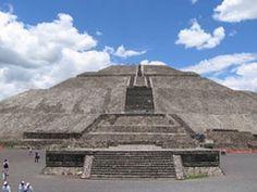 Teotihuacán quiere decir ciudad de los dioses y está conformada por pirámides. #Teotihuacan #Mexico #cultura