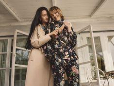 H&M announces collaboration with royal fabric designer GP & J Baker – Bikini Girls Vogue Paris, H&m Collaboration, Outfits Tipps, Gp&j Baker, Mädchen In Bikinis, Inspiration Mode, Hot Bikini, Girl Pictures, Neue Trends