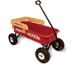 Radio Flyer Big Red Wagon: Carro de arrastre grande de 4 ruedas todoterreno - Los Wagons de Radio Flyer llevan fabricándose más de 70 años, siendo un clásico en la iconografría americana