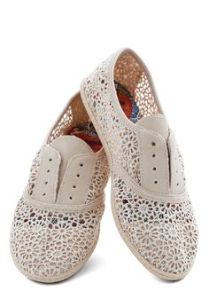 Think Outside the Bocce Flat in Lace. Youre always one to brighten an occasion with radiant vibrancy and playful ideas, so its no surprise when you slip into these ivory flats and challenge barbecue guests to a game of bocce ball! #cream #modcloth