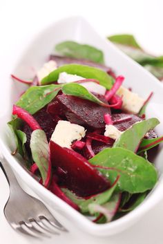 Roasted beetroot and goat's cheese salad recipe