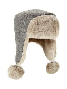 This is such a warm hat for the winter...Its going to look so cute with Nylah's winter coat