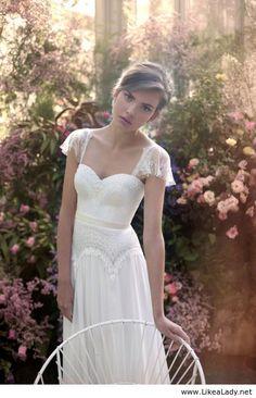 Amazing long white dress