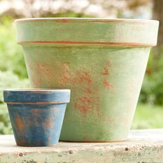 Decorate terra-cotta pots with a weathered, aged look you can add in an instant.