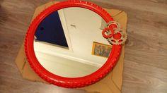 Espejo con rueda de bicicleta
