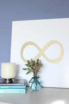 DIY art - infinity symbol. Simple.