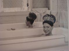 Princess Margaret Poltimore Tiara, Princess Margaret, Grace Kelly, Cool Hairstyles, Nostalgia, Awards, Faces, People, Beauty