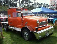 Up next on MODIFIED MINI MONDAY is a wicked Mini Semi Truck Cab!   Mental but brilliantly so!