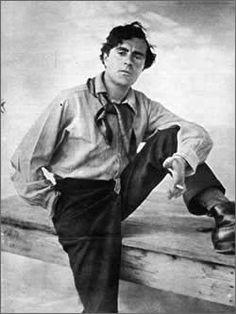 Amedeo Clemente Modigliani (Livorno, 12 luglio 1884 – Parigi, 24 gennaio 1920) è stato un pittore e scultore italiano