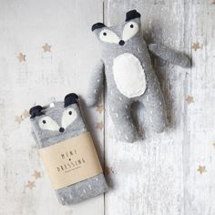 How cow cute is this sock puppet? The perfect friend for cuddle time! Mini Dressing aims for happy children and that's why the unique clothes from this Korean b