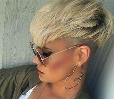 Sandra kurze Frisuren - All For Bob Hair Trending Pixie Hairstyles, Short Hairstyles For Women, Cute Hairstyles, Straight Hairstyles, Short Hair Cuts For Women Edgy, Edgy Short Hair, Hairstyles 2018, Haircuts, Pixie Undercut